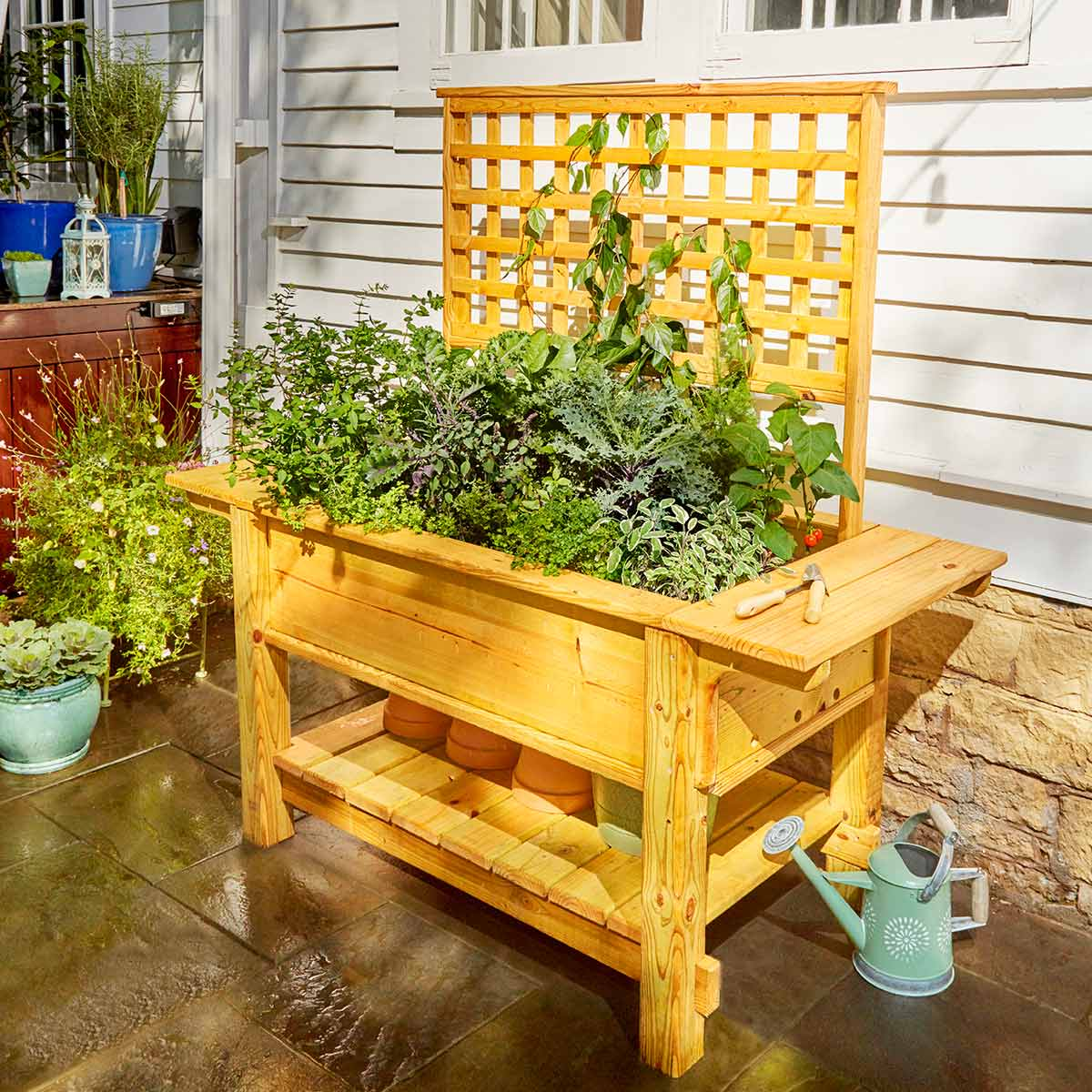 Raised Planter: These 25 Woodworking Projects For The Garden will help you make some money.
