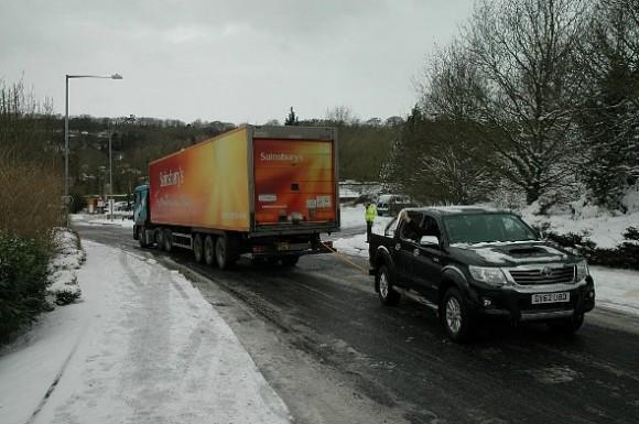 Camioneros de carreteras de hielo (590x392)