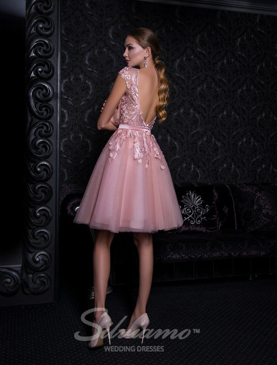 Нежное короткое вечернее платье