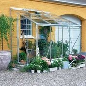 """Växthus """"Royal 608"""" med integrerat fundament"""