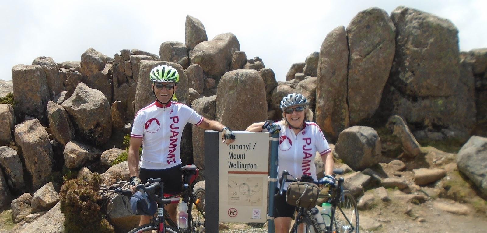 Cycling Mt. Wellington -  Lynn Sugden and Lynn Rousseau (Edmonton, Alberta, CAN) , summit sign
