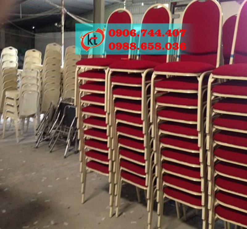 Ghế sắt nhà hang lưng tròn thẳng KT04.jpg
