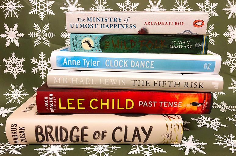 Lee Child - Past Tense // Michael Lewis - The Fifth Risk // Sylvia Linsteadt - The Wild Folk // Arundathi Roy - Ministry of Utmost Happiness // Anne Tyler - Clock Dance // Markus Zusak - Bridge of Clay