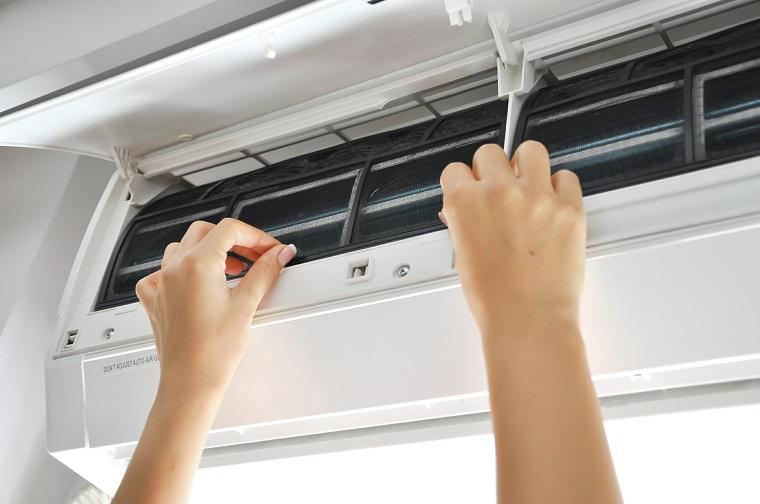 Tại sao cần bảo trì và vệ sinh cho máy điều hòa