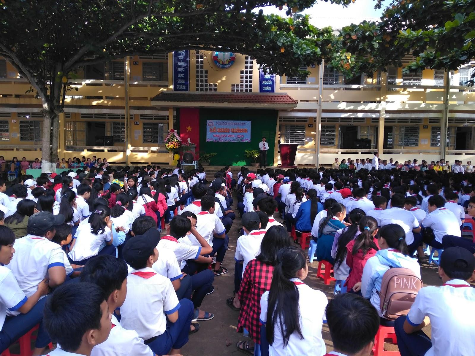 Trường trung học cơ sở thị trấn Châu Thành khai giảng năm học mới 2018 - 2019