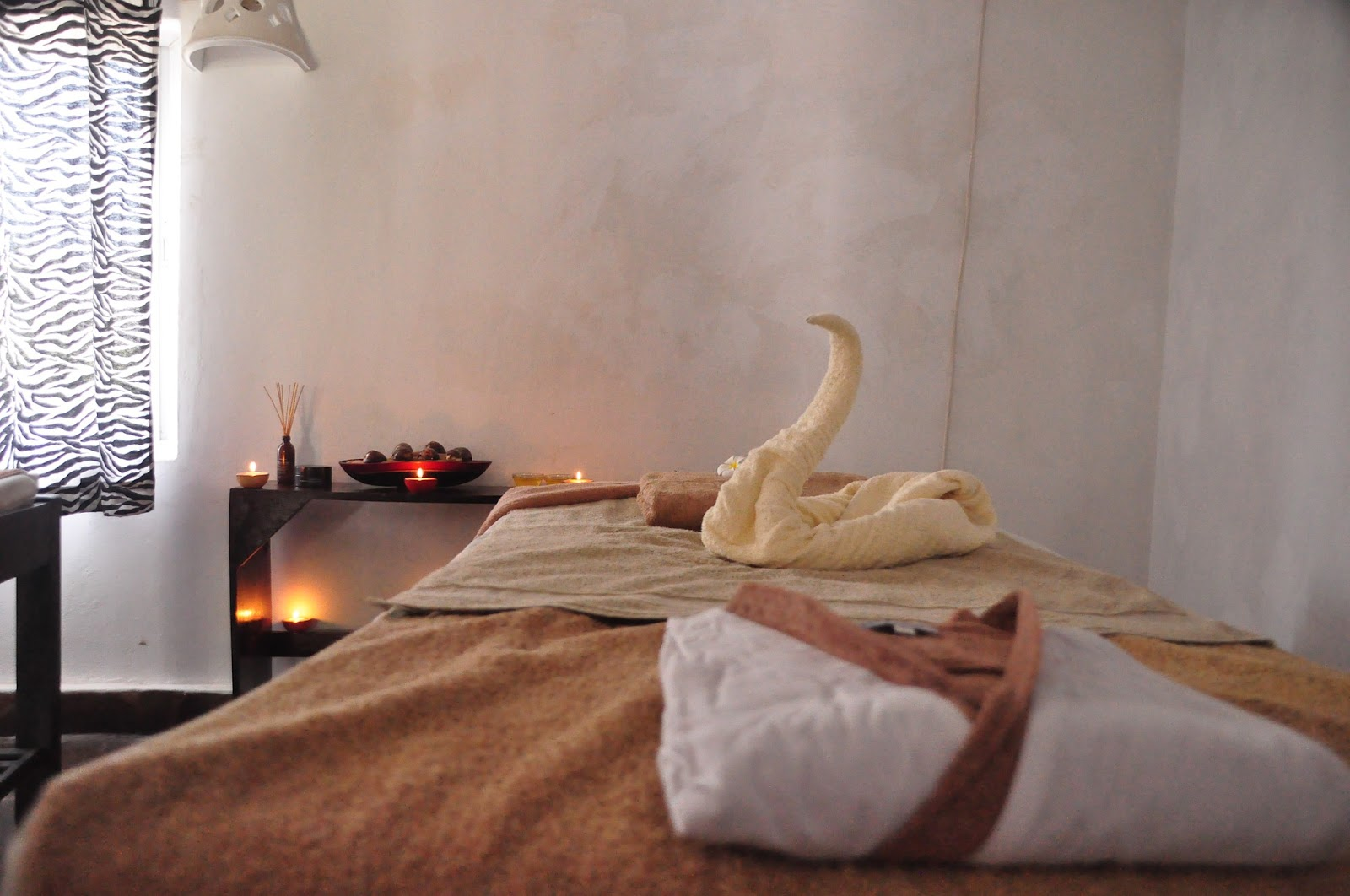 spa experience at home, self care at home, self care tips, content writing, spa day at home tips