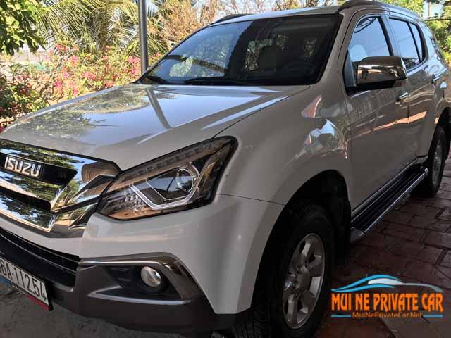 minivan-HCMC-to-Dalat-private-car