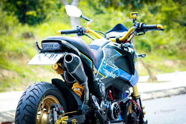 Honda MSX125 độ nổi bật và cá tính cùng hàng loạt đồ chơi - Ống xả độ