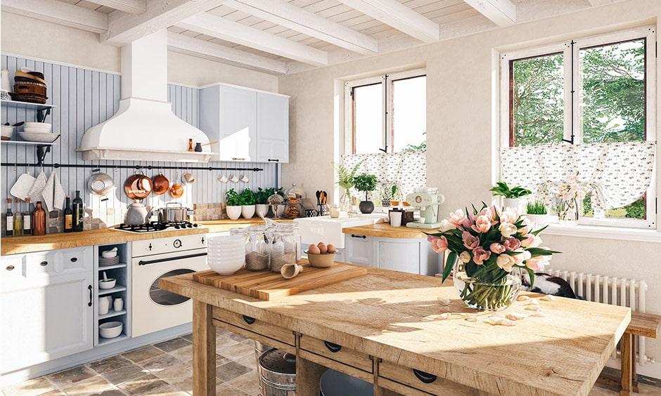 Vintage stílusú konyha: pasztell színek, virágok