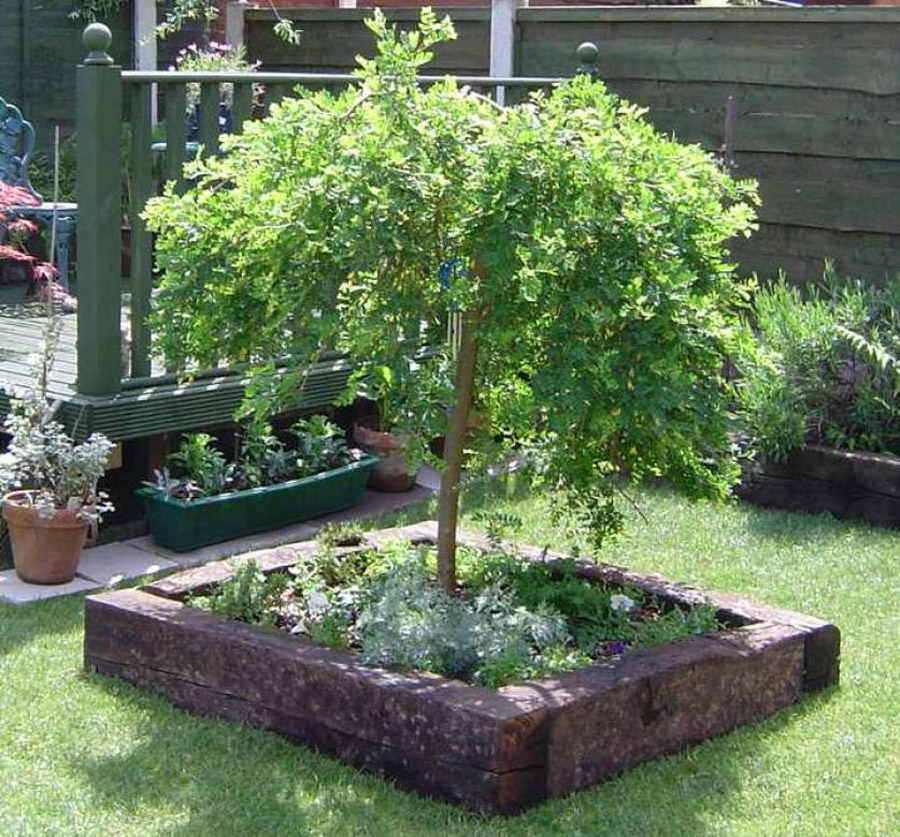 Raised Planters using Sleepers in the Garden