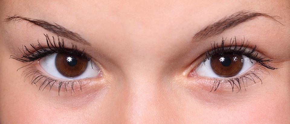 pretty eyes.jpg
