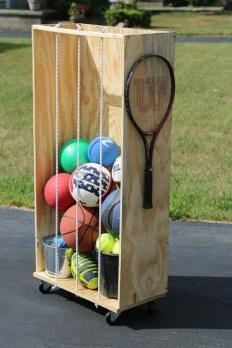 Jackie from Haus2Home shows us how to create a simple yet functional sports equipment storage rack. The storage on wheels doubles as a score keeper!