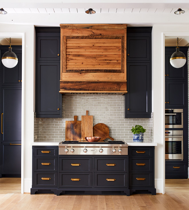 White Kitchen Cabinets Vs Dark: Ultimate Guide To The Hottest 2020 Kitchen Trends