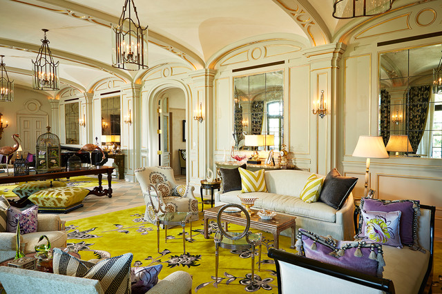 Gaya interior Victorian pada ruangan yang berukuran cukup besar - source: houzz.com