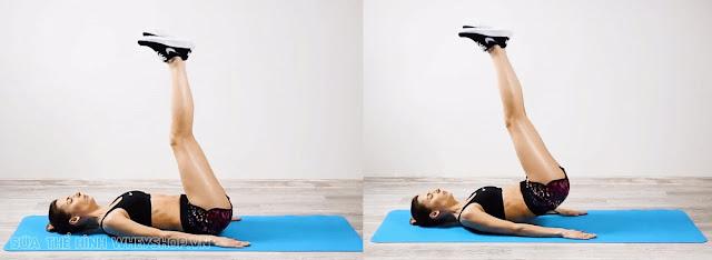 Tập thể dục giảm cân nâng chân cao