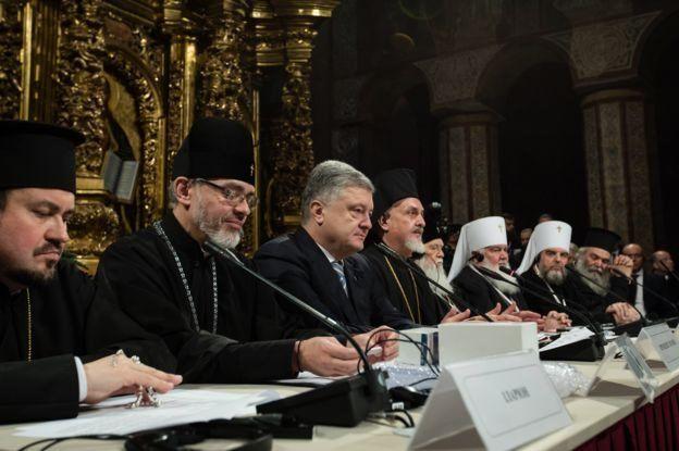 Петро Порошенко і учасники собору