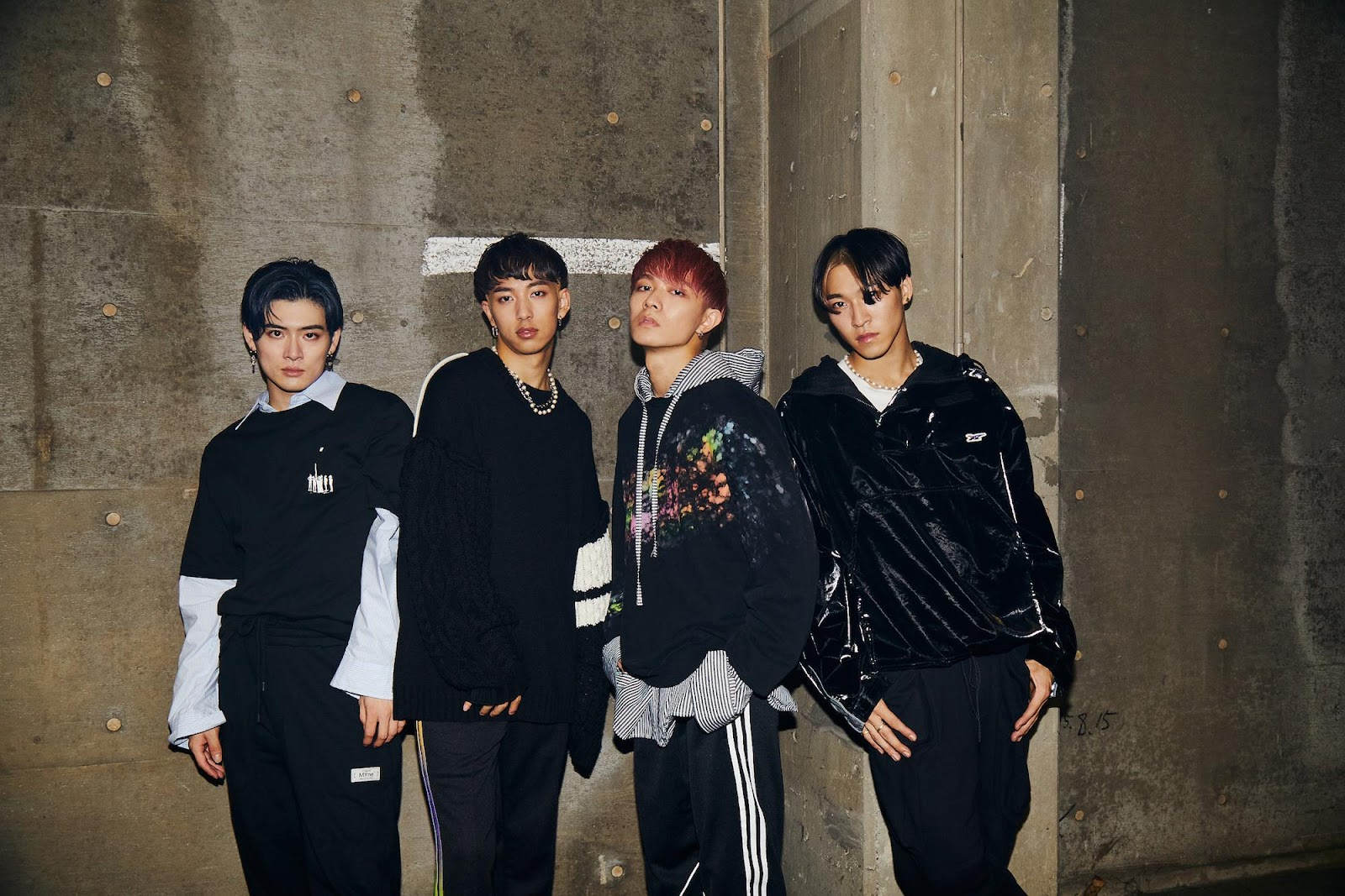 No.1 hit in China! 'SUPERNOVA' by Japanese-Chinese boyband WARPs UP gets new full-length lyric video