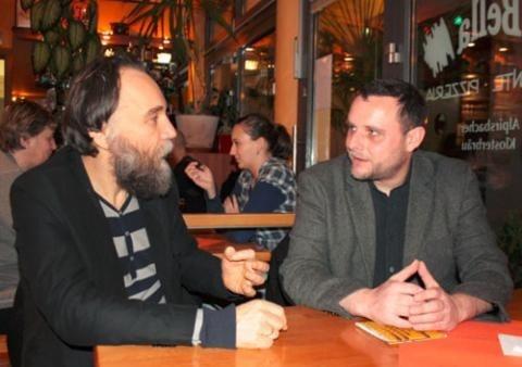 Мануель Оксенрайтер вважає Олександра Дугіна «багаторічним другом, схожим на батька»