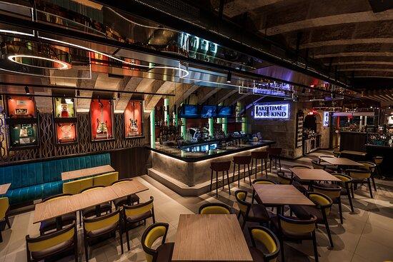 HARD ROCK CAFE, Valletta - Vault 17 - Menu, Prices & Restaurant Reviews -  Tripadvisor