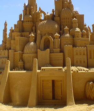 "An ""elaborate"" sand castle"