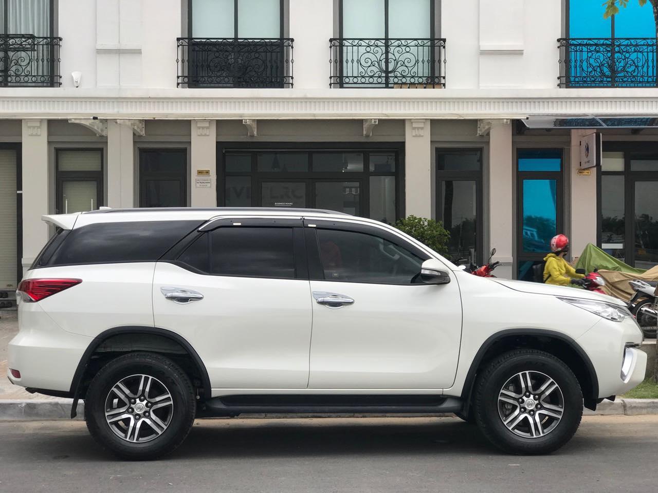 Thuê xe 7 chỗ tại quận 8 của công ty Huy Đạt giúp gia đình bạn có chuyến du lịch tuyệt vời nhất