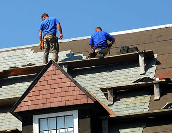 Chuẩn bị kinh chi phí trước khi tiến hành sửa chữa nhà.