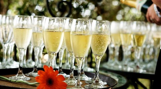 Drink Options For A Fun Wedding Reception