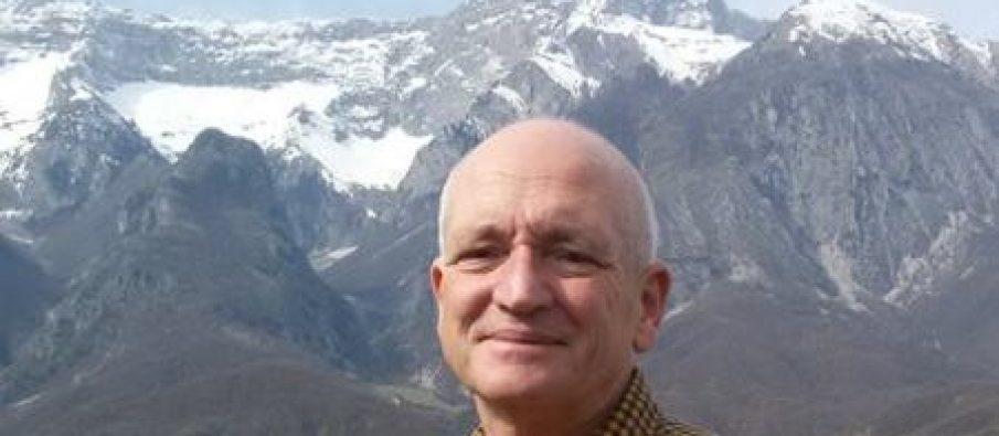 Robert Elsie dhe gjuha shqipe
