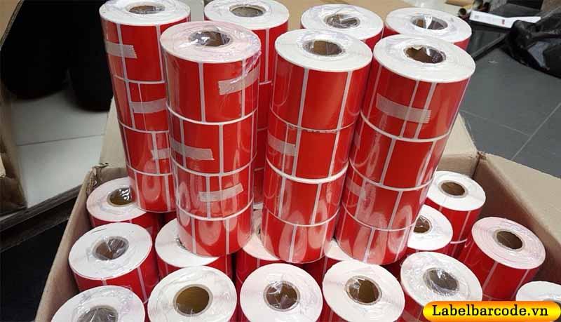 Ảnh thật: Giấy decal nhuộm màu đỏ tải Xưởng Sản Xuất Của An Thành