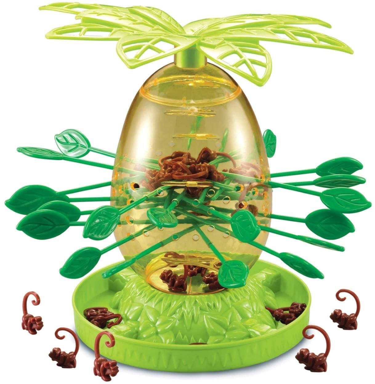 Jogo cai não cai, com materiais em tons de verde e topo com folhas que lembram árvores palmeiras.