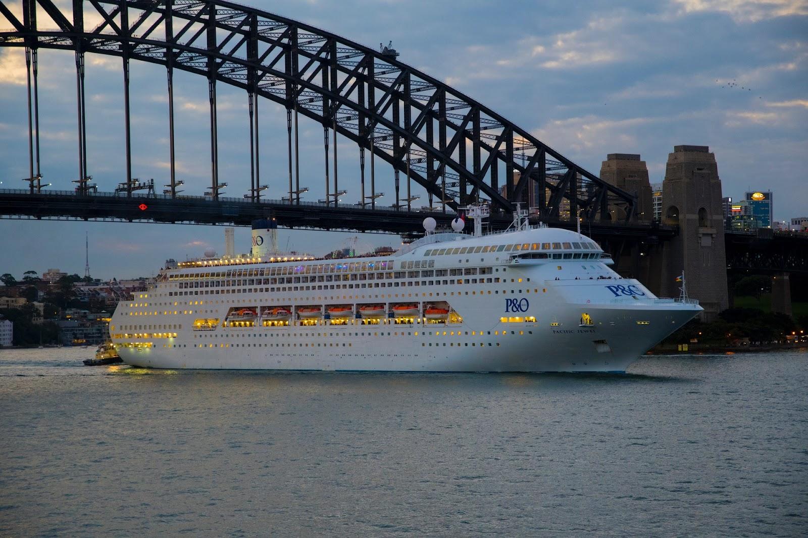 Arbeiten auf einem Kreuzfahrtschiff - ein Traumjob?