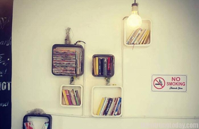 Blog Mamascafe chia sẻ thông tin về địa điểm cà phê sách