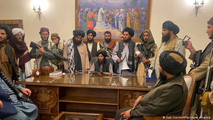 طالبان در ارگ ریاستجمهوری در کابل