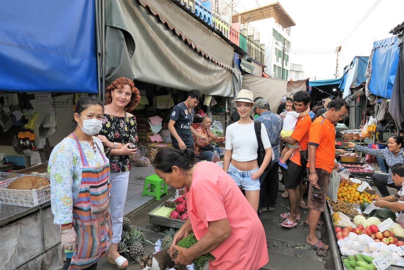 C:\Users\Administrator\Documents\Documents\Putovanja\PUTOPISI\TAJLAND\Tajland 5\Slike\2.jpg