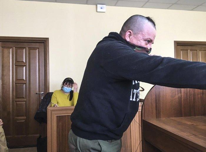 Потерпілий у справі Ігор Чернецький під час допиту в суді 10 березня 2021 року.
