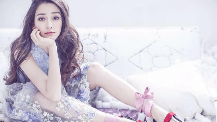 Top Chinese female influencers in 2020 : Angelababy (Yang Ying)