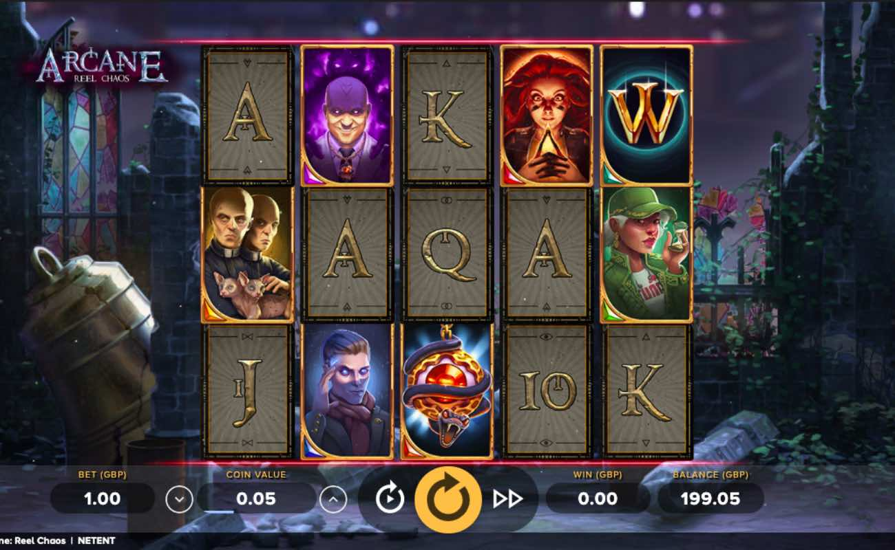 Online slot casino game Arcane