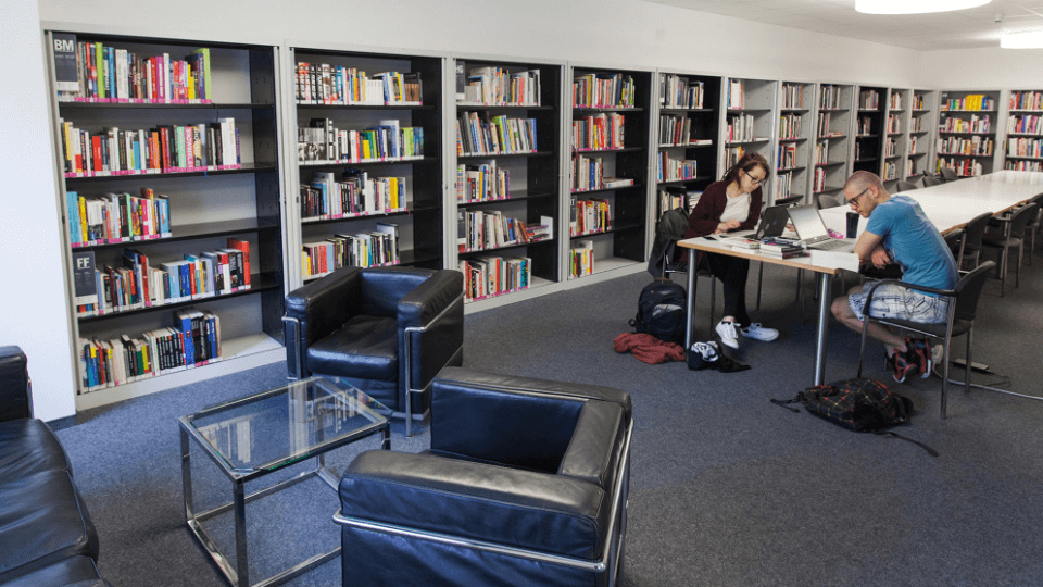 Bibliothek der University of Applied Sciences Europe