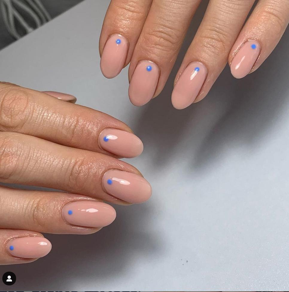 blue dots nail art