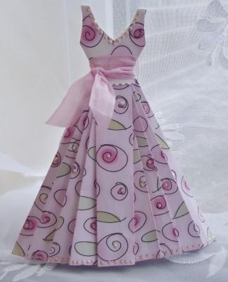Tempting templates . .   Mini elbise, Elbiseler, Kart yapımı