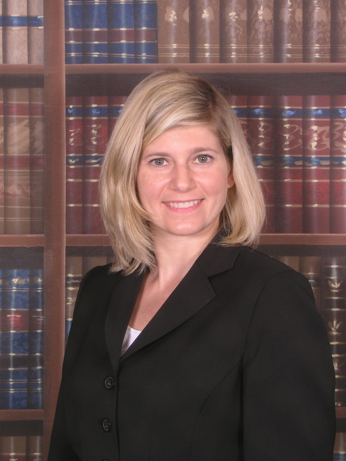 Elizabeth Houlihan student services