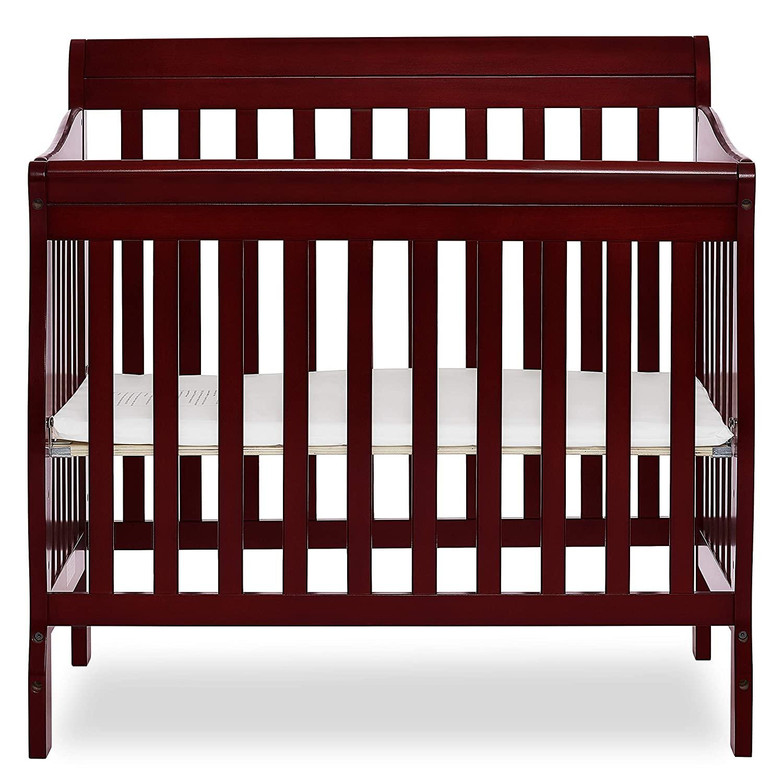 #7. Dream on Me Aden Mini Crib  for short moms