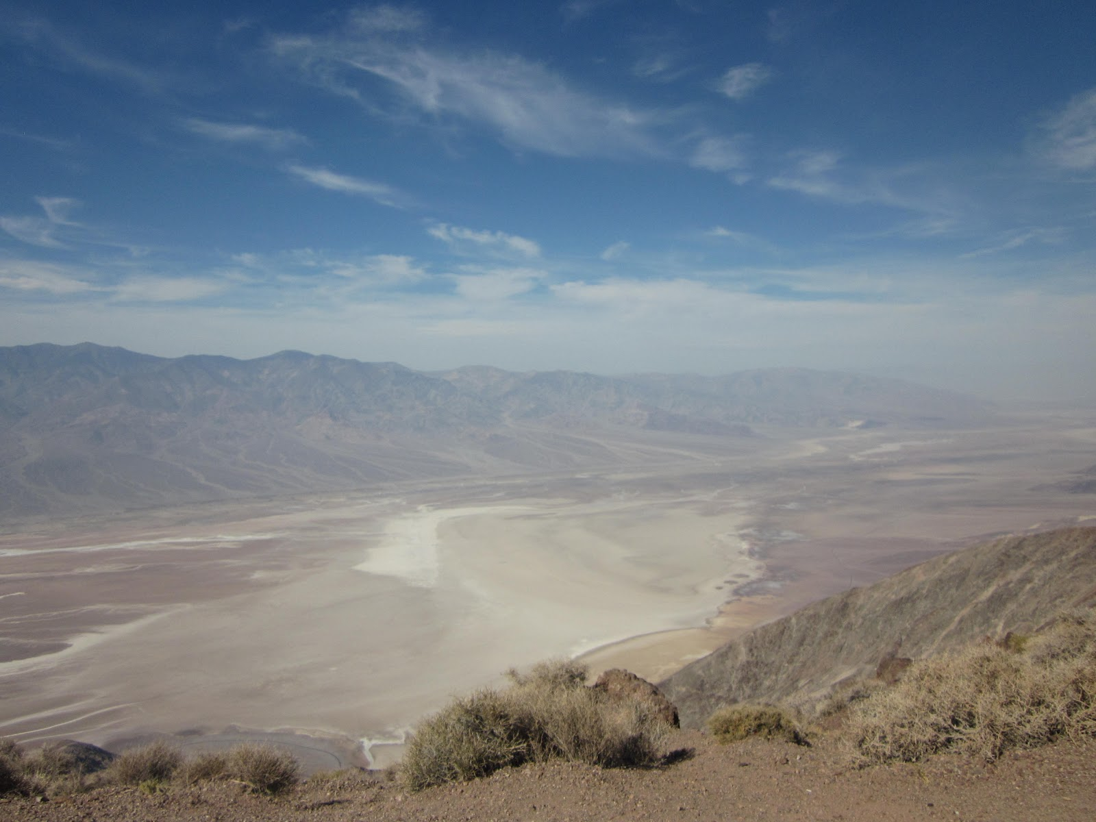 Climb Dantes View Death Valley by bike - view from top of Badwater and the valley below