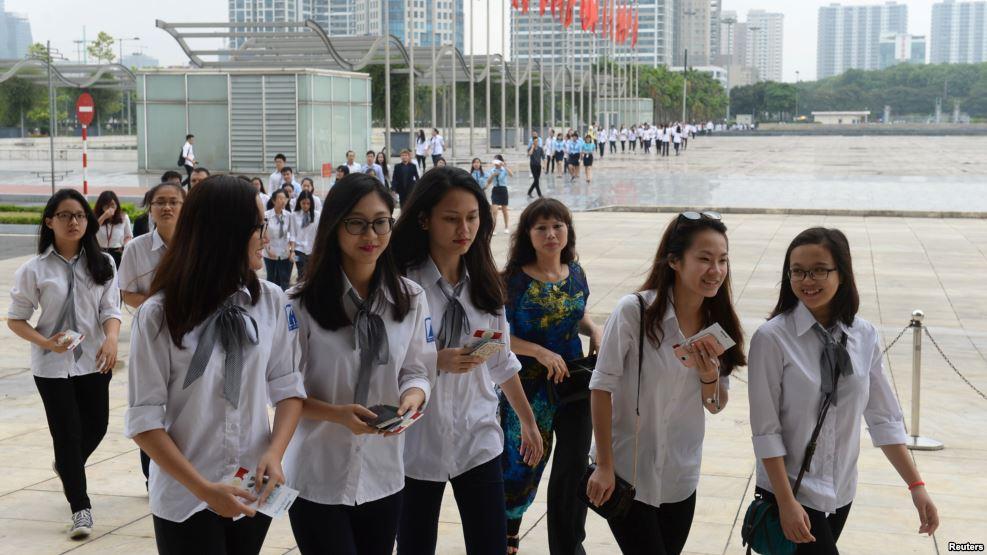 Các em học sinh trung học phổ thông tại Trung tâm Hội nghị Quốc gia ở Hà Nội. (Ảnh tư liệu)