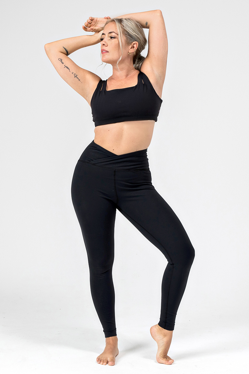 Kathryn Eternity Yoga Bra in Black