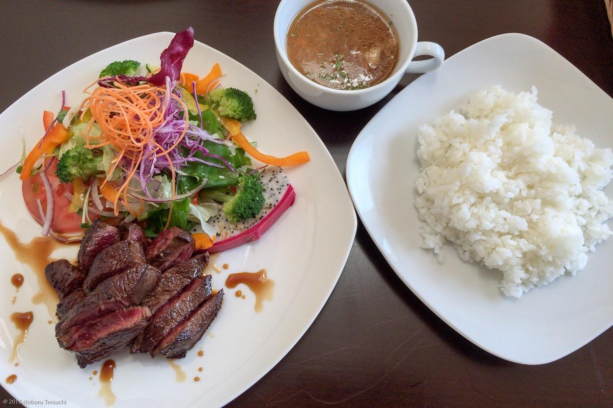 エゾ鹿ランプ肉の柔らかステーキ