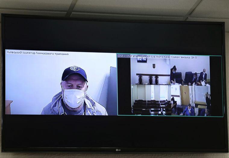 Подозреваемый в распространении преступного влияния Сергей Олейник «Умка» во время судебного заседания в Апелляционном суде Киева