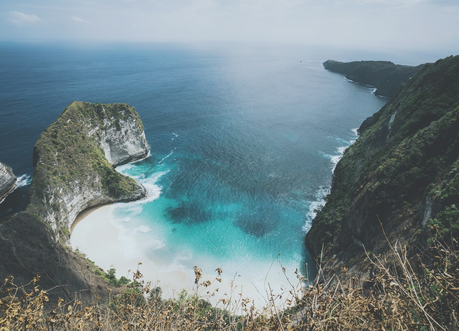 A Guide to Indonesia's Most Beautiful Islands 1