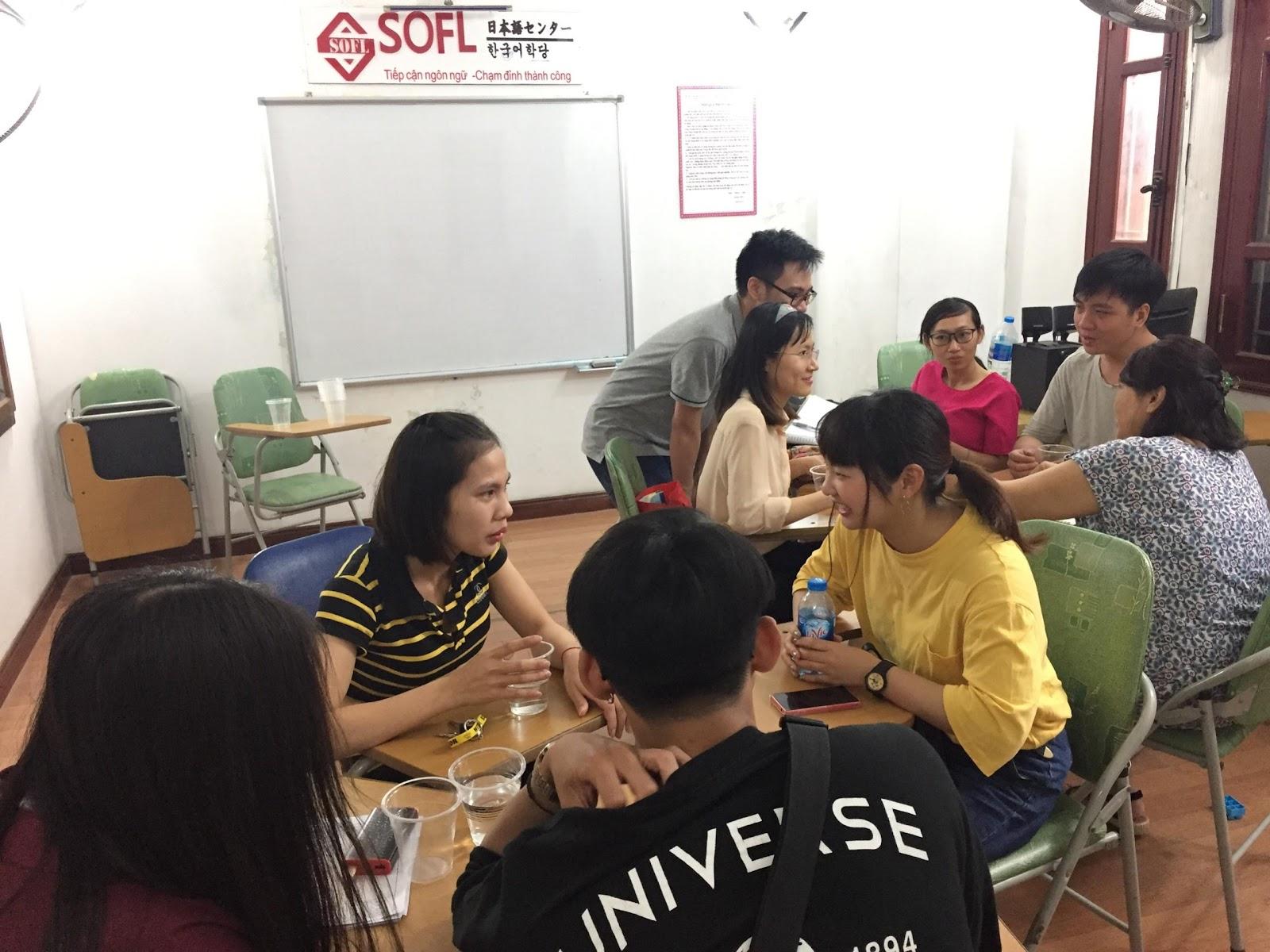 Lớp học nhóm luyện giao tiếp tiếng Nhật tại SOFL