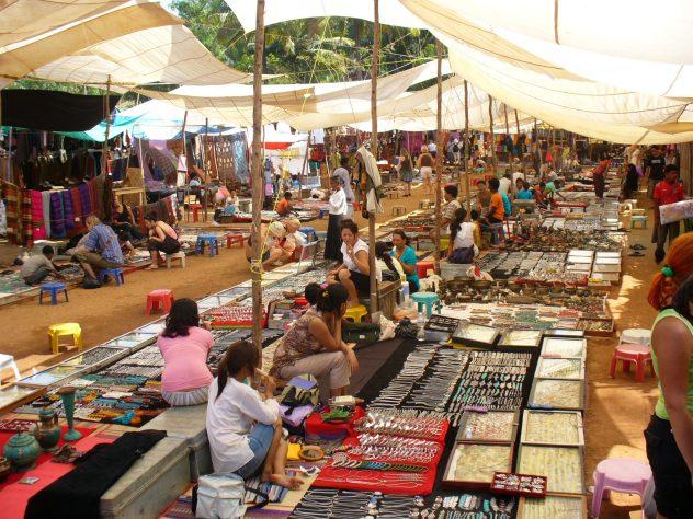 Things To Do In Goa - flea market